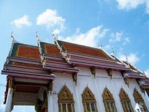 โบสถ์ของวัดกุนนทีรุทธาราม โดยร้านพวงหรีด Reedthai