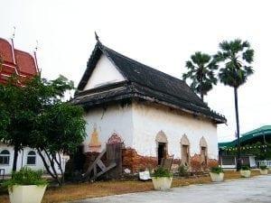 โบสถ์เก่า วัดคลองชัน โดยร้านพวงหรีด Reedthai
