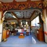 ภาพบรรยากาศภายในวัดพระไกรสีห์ โดยร้านพวงหรีด Reedthai
