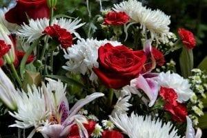 ภาพดอกไม้ พวงหรีด ความสำคัญ