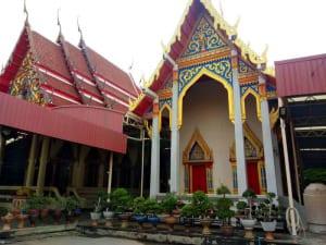 โบสถ์ วัดพลมานีย์ โดยร้าน Reedthai