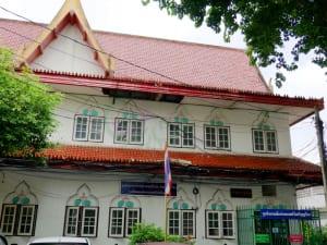 อาคารใกล้วัด วัดศรีบุญเรือง รามคำแหง โดยร้าน Reedthai