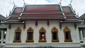 โบสถ์ด้านข้าง วัดสุวรรณาราม โดยร้าน Reedthai