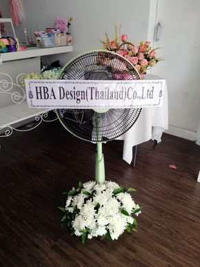ร้านพวงหรีดวัดบ้าน นาหว้า นครพนม พวงหรีดจากhba Design